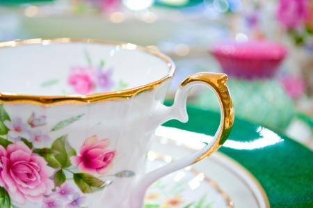 瀬戸物: アンティーク花茶セットのマクロ撮影 写真素材