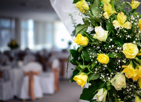 cater: Flower arrangment in fancy restaurant Stock Photo