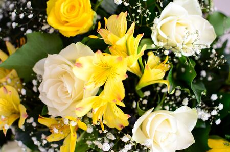 arrangment: Flower arrangment with yellow roses