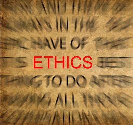 valores morales: Texto Blured en papel de la vendimia con enfoque en la �tica Foto de archivo