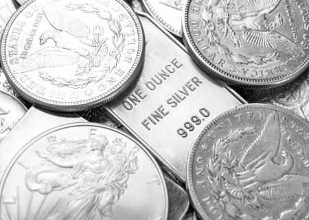 apilar: Monedas de plata Foto de archivo