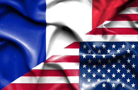 bandera francia: Ondeando la bandera de los Estados Unidos de Am�rica y Francia Foto de archivo