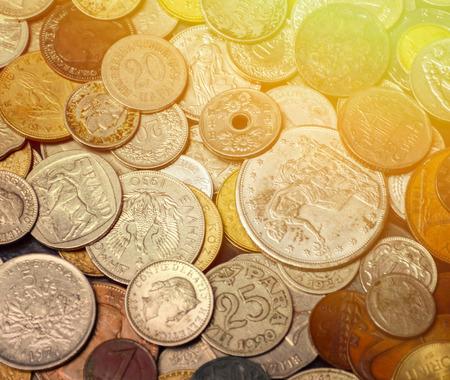 monedas antiguas: Monedas antiguas fondo Foto de archivo