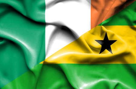 principe: Ondeando la bandera de Santo Tomé y Príncipe e Irlanda Foto de archivo