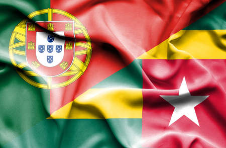 portugese: Waving flag of Togo and Portugal