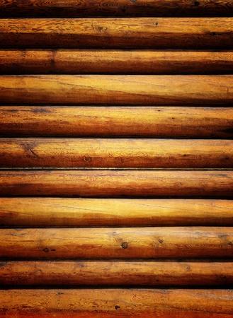 caba�a: Troncos de la pared de madera del fondo de casa rural
