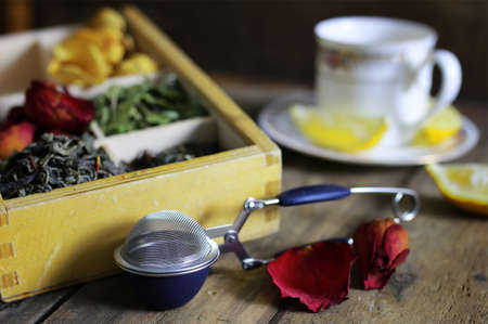 box with a lot of compartments for packing tea with different additives