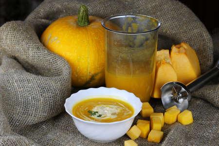 healt: Pumpkin soup cooking