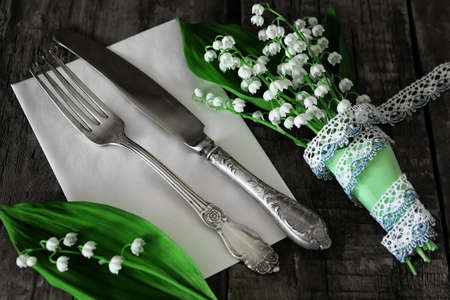 antiques: luxe vintage cutlery and bouquet