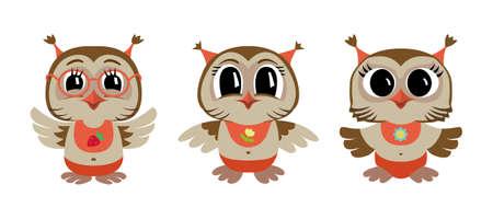 Trois bébés chouettes. Illustration vectorielle de chouettes de dessin animé.