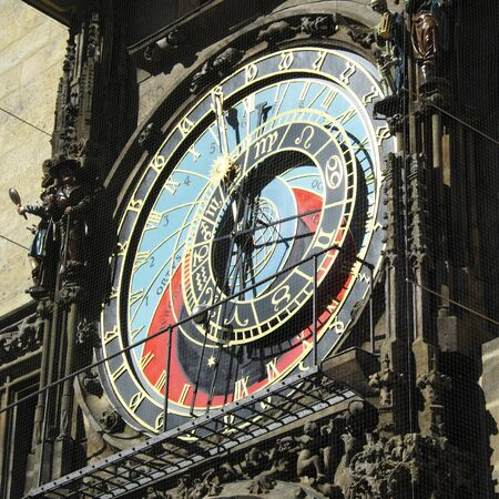 Antique astronomical clock in Prague. Vintage dial. Standard-Bild