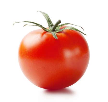 tomates: Tomate rojo maduro con mango aislado sobre fondo blanco