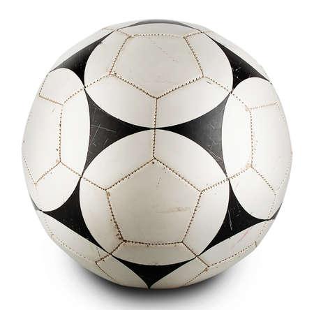 ballon foot: noir en cuir rond et boule blanche isol� sur un fond blanc