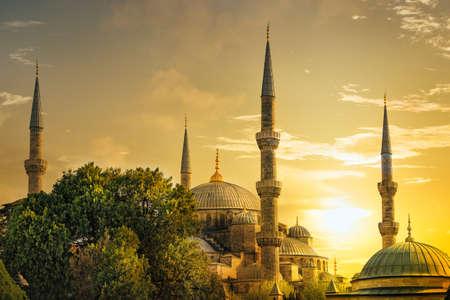 Détail de la mosquée de Sultanahmet (Mosquée Bleue) au coucher du soleil. Istanbul, Turquie.