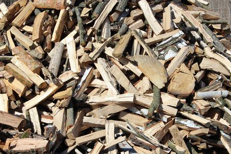 gobble: big heap of the prepared fire wood