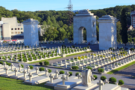 Cemetery in Lviv. Graves of Polish soldiers at Lychakiv Cemetery in Lviv. Graves of Defenders of Lwow on Lychakiv Cemetery in Lviv 에디토리얼