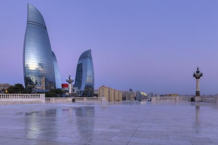 llamas de fuego: Flame Towers in Baku at sunrise.Azerbaijan