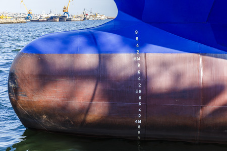 depth measurement: Numbers on the ships waterline Stock Photo