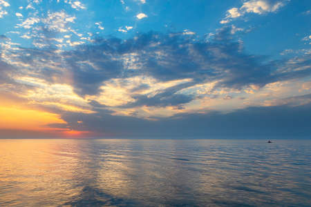 Beautiful sunset over the Caspian Sea Banque d'images