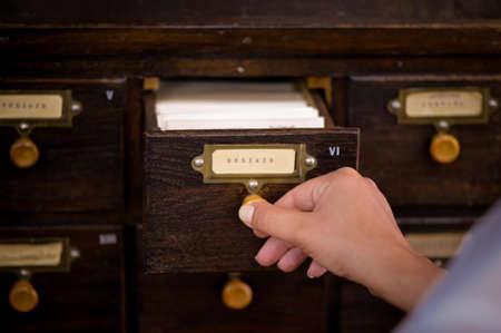 drawers: Drawers and knowlegde