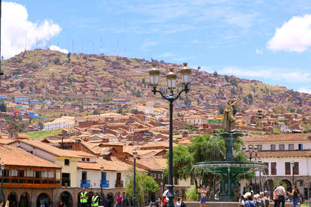 plaza de armas: Cuzco Main Square. Plaza de Armas with the Inca Statue