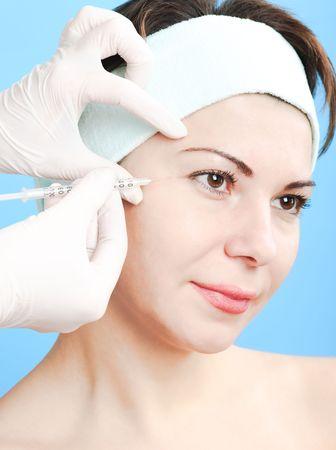 Beautiful woman receiving a botox injection Stock Photo - 5925062