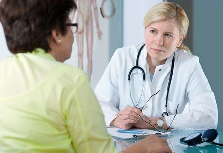 Doctor patient: en la Oficina de m�dicos Foto de archivo