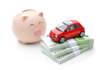 Auto en geld. Financiën, huren, kopen of verzekering autoconcept