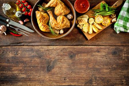pollo: Piernas de pollo a la plancha con verduras
