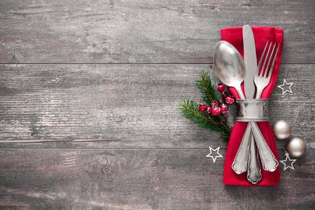 Table de Noël paramètre lieu. Vacances fond Banque d'images - 48315022