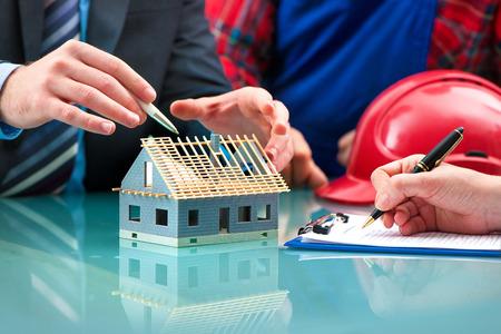 비즈니스 회의, 엔지니어들은 새로운 프로젝트를 계획