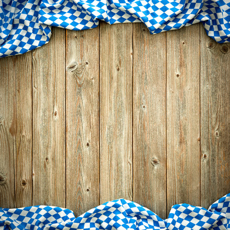 ババリア地方の白と青のファブリックではオクトーバーフェストの素朴な背景 写真素材 - 57806599
