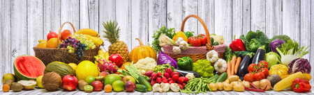 Fresh vegetables and fruits background Zdjęcie Seryjne - 82626468