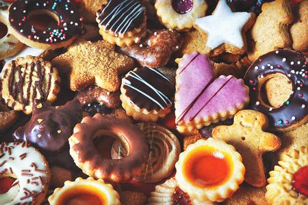 背景として混合のクリスマス クッキーのクローズ アップ 写真素材 - 88838291