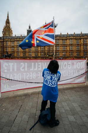 Anti-Brexit protesters outside Westminster in London, UK Reklamní fotografie - 117249477