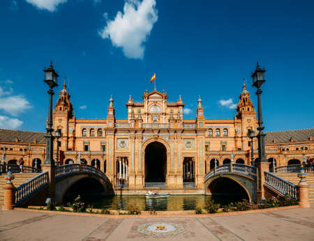 Plaza de Espana, built in 1928 for the Ibero-American Exposition of 1929, a landmark example of the Regionalism Architecture Фото со стока