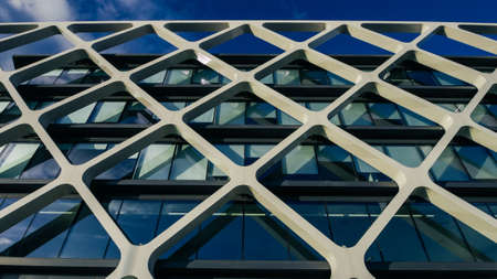 Modern Oxxeo building facade in Las Tablas, Madrid, Spain Editöryel