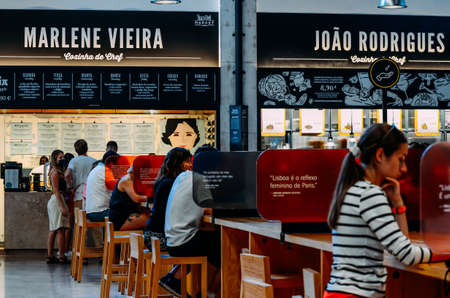 Food Market Mercado da Ribeira in Lisbon is a major tourist attraction. Social distancing measures during Covid-19 outbreak Sajtókép