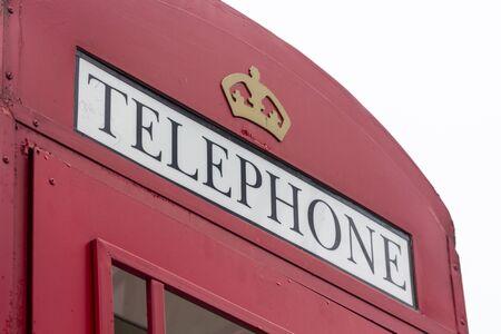 cabina telefonica: cabina de tel�fono roja tradicional Ingl�s
