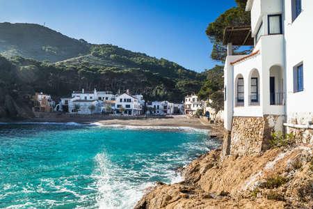 costa brava: Sa Tuna, petit village traditionnel de la Costa Brava, Begur. Banque d'images