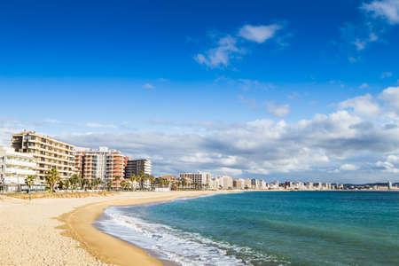 costa brava: Beach landscape of Calonge, Costa Brava. Spain. Banque d'images