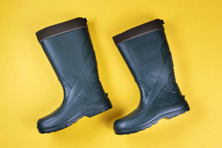 new mens rubber boots. waterproof shoes for fall. comfortable shoes for fishing