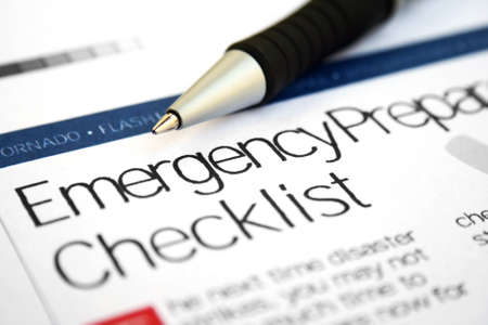 natural disaster: Emergency checklist Stock Photo