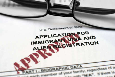 Solicitud de visa de inmigrante Editorial