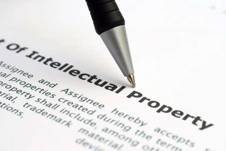 intellect: Propriet� intellettuale forma