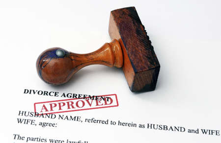 decree: Divorce agreement - approved