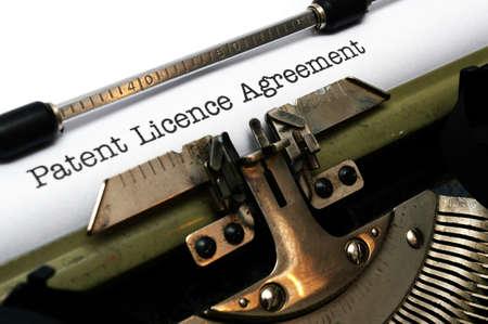 特許のライセンス契約 写真素材