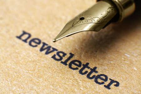 ニュースレターとペン