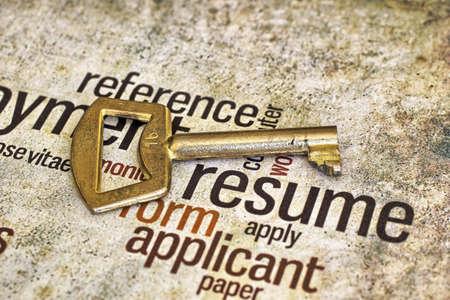 Resume and key photo