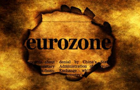 zone euro: Zone euro en br�lant trou de papier